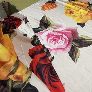 Fabric Mulberry Silk Crepe De Chine Roses Digital Print Soft Silk Very Good Quality/Haute Couture Fabric/Alta Moda