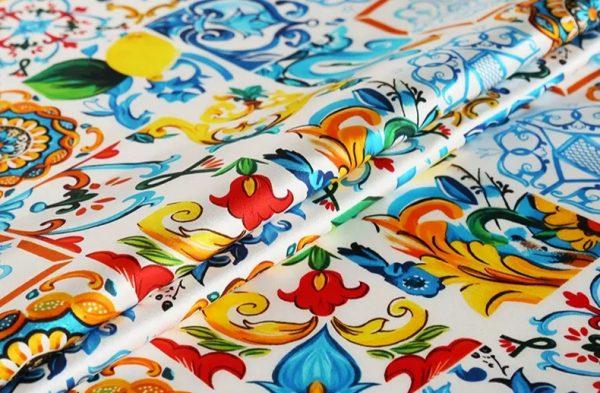 20191228 022843 Silk Stretch Fabric Sicily Show Fabric/Majolica Silk Fabric Catwalk 1