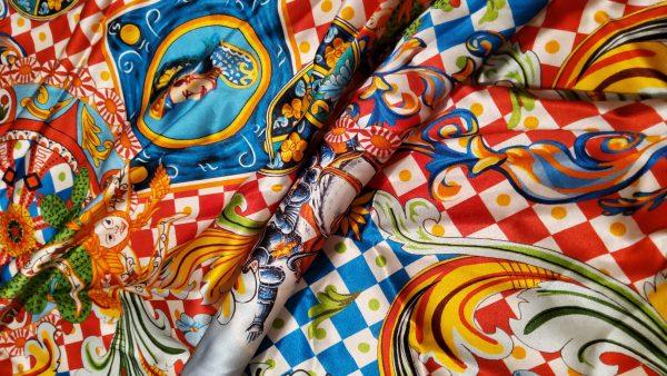 20200712 202846 Majolica Silk Fabric/Sicily Show Fabric/Majolica Print Silk Fabric/Knight Print Majolica Silk 1