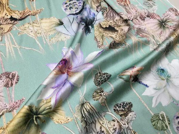 20200811 022815 Emanuel Ungaro Silk Fabric/Stretch silk floral ornament Lilies Pattern Digital inkjet technique New Collection silk 10