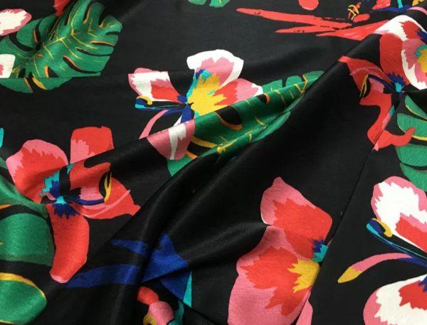 20200811 025118 Silk fabric Banana leaf parrot print and pineapple design Fashion week Fabric 3