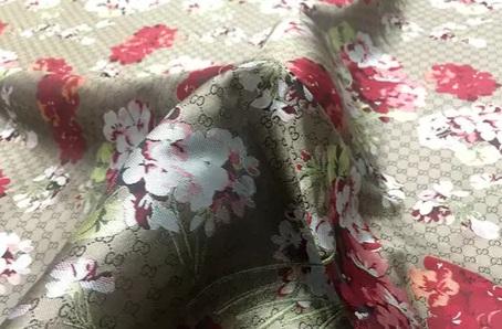 20201019 230929 Gucci bloom jacquard fabric/Italian Designer Fabric/Catwalk Gucci flowers pattern fabric 5