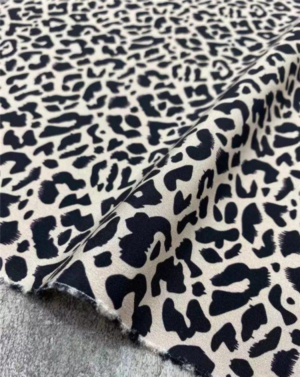 Dior silk crepe de Chine