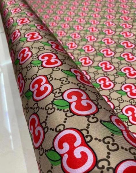 Gucci silk cherry logo