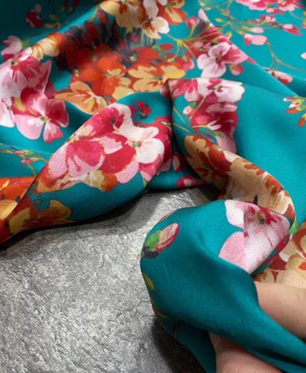 Gucci silk stretch fabric fashion week