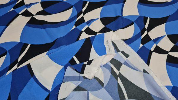 Emilio Pucci Silk Crepe fabric.Price for the piece 145/135cm 1 ⋆ Rozitta Rapetti